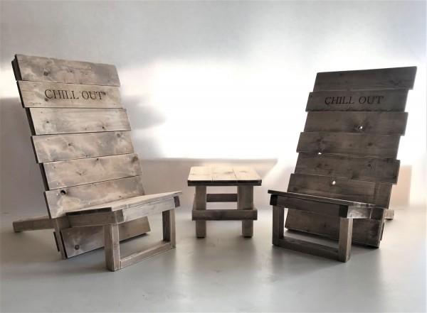 Stuhl-Set mit Tisch Vintage gebeizt und in Handarbeit hergestellt.